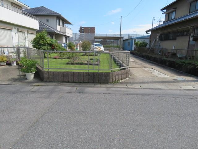 広~い庭が魅力的♪