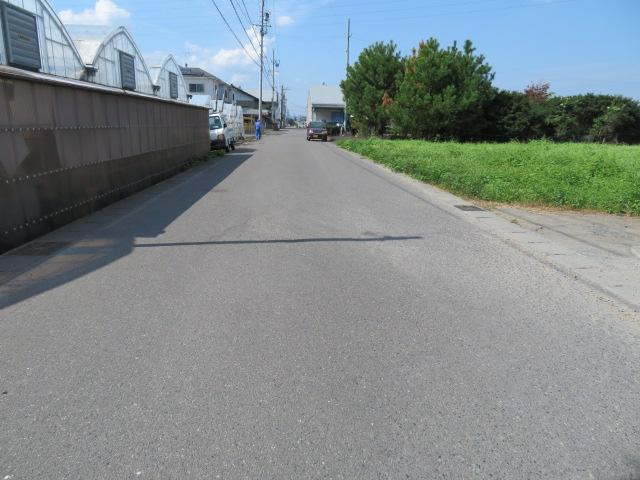 前面道路5.3m